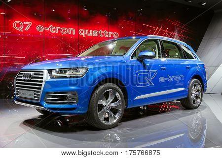 Audi Q7 E-tron Quattro Diesel Electric Plug-in