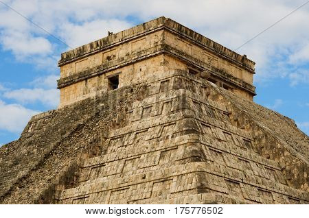 Pyramid in Chichen Itza Temple of Kukulkan. Yucatan Mexico
