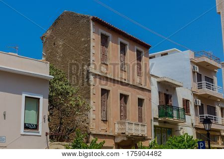 Rethymno, Greece - August  2, 2016: House In Old Town Of Rethymno.