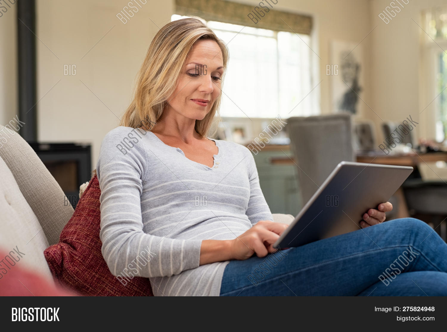 mature lady picture