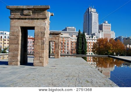 Debod Reflecting Pool