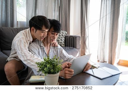 Gay Couple Use Internet