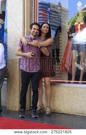 LOS ANGELES - AUG 8:  Jay Duplass, Amy Landecker at the Jeffrey Tambor Star Ceremony on the Hollywood Walk of Fame on August 8, 2017 in Los Angeles, CA