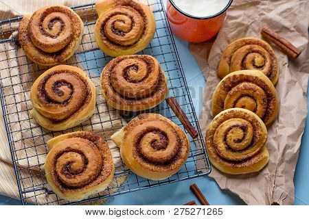 Sweet Cinnamon Roll Swirl With Cream Cheese Glaze
