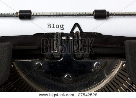 el blog de la palabra escrito con máquina de escribir antigua