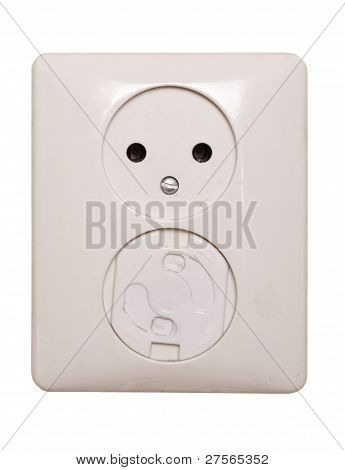 Electric outlet, 1 has a child safeguard