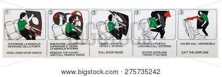 Italian And English Language Instruction To Open Emergency Slide Door On The Airplane, How To Open E