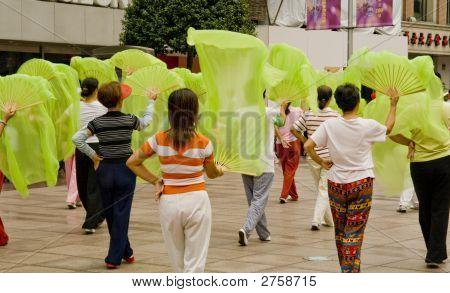 Dancers Shangai