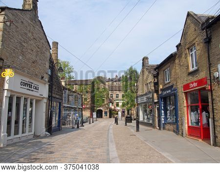 Hebden Bridge, West Yorkshire / United Kingdom - 20 May 2020: Bridge Gate In The Centre Of Hebden Br