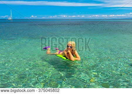 Tourist Woman Having An Aperitif With Surgical Mask. Drinking A Red Wine Glass With Fries, In An Ita