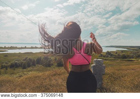 Girl In Sports Let Loose Her Hair After Climbing A Mountain