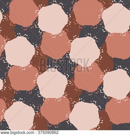 Dark Brown Floral Daisy Background. Seamless Retro Bloom Vector Pattern. Stylized Drawn Vintage Flow