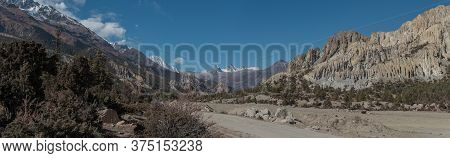 Panorama Of Mountains Trekking Annapurna Circuit, Marshyangdi River Valley,himalaya, Nepal, Asia