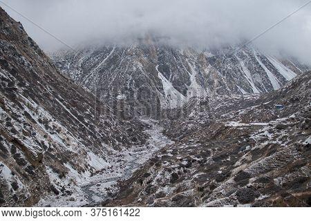 Marshyangdi River By Ledar Village, Trekking Annapurna Circuit, Himalaya, Nepal