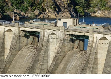 Dam Closeup View Of Central Part With Overflow Protection