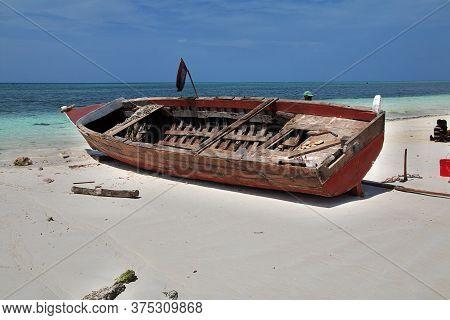 Zanzibar / Tanzania - 31 Dec 2016: Boats On Nungwi Beach Of Zanzibar, Tanzania