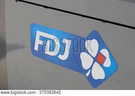 Bordeaux , Aquitaine / France - 07 06 2020 : Fdj Logo Sign Of French National Lottery Operator Store