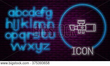 Glowing Neon Line Sniper Optical Sight Icon Isolated On Brick Wall Background. Sniper Scope Crosshai