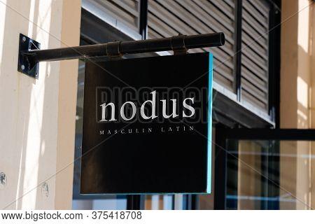 Bordeaux , Aquitaine / France - 07 06 2020 : Nodus Sign Logo For Shop Clothing French Men Of Luxury