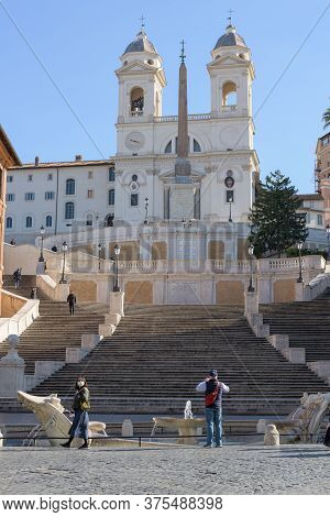 Tourists Wearing Face Masks At The Spanish Steps, Rome, Italy