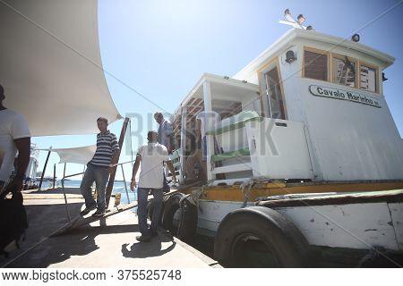 Salvador, Bahia / Brazil - August 29, 2017: Passengers Disembark At The Nautical Terminal In Salvado