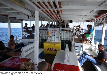 Salvador, Bahia / Brazil - August 22, 2018: Speedboat Used To Transport People To Cross The Baía De