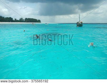 Nungwi, Zanzibar / Tanzania - 01 Jan 2017: Indian Ocean Of Zanzibar, Tanzania