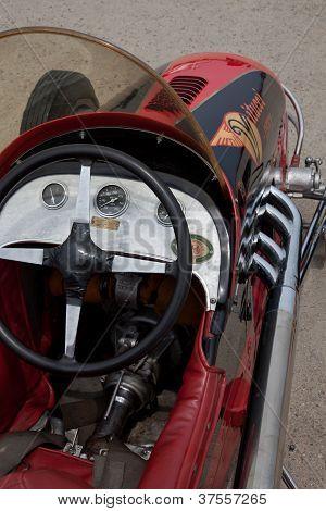 Vitucci Midget race car