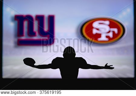 New York Giants Vs. San Francisco 49ers. Nfl Game. American Football League Match. Silhouette Of Pro