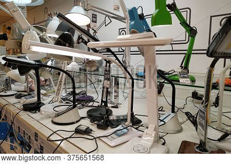 Moscow, Russia - August 17, 2019: Various Table Lamps On The Rack In A Building Materials Hypermarke