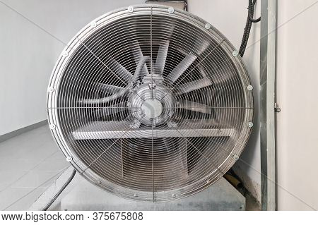Large Fan For Ventilation. Industrial Air Conditioning And Ventilation Systems On A Roof. ?loseup In