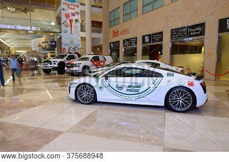 Dubai, Uae - November 16: The Audi R8 V10 Sportscar Of Dubai Police Is On Dubai Motor Show 2019 On N