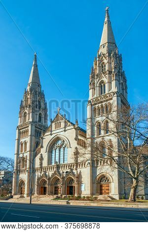 Pittsburgh.pennsylvania.usa February 20, 2017 Saint Paul Cathedral The Mother Church Of The Roman Ca