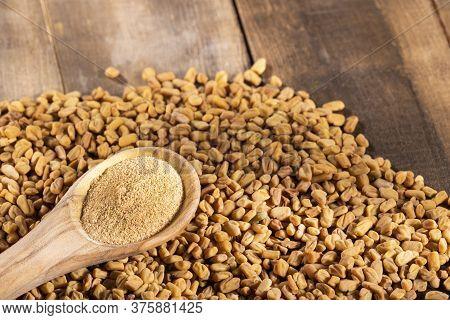 Fenugreek Seeds And Powder - Trigonella Foenum - Graecum