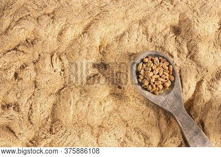 Organic Fenugreek Seeds Powder - Trigonella Foenum - Graecum