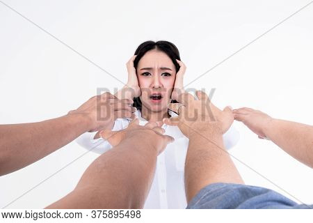 The Hands Of People Extending To Asian Pretty Women Who Was In Panic And Paranoia, Concept To Fear O