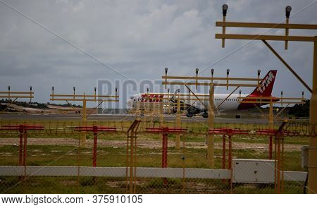 Salvador, Bahia / Brazil - November 7, 2019: Aircraft Of The Airline With Tam Airline Is Seen During