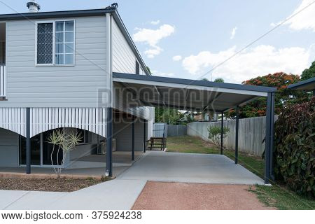 Fully Renovated High Set House With New Carport