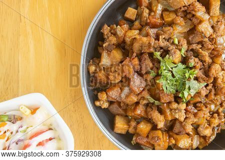 Stir Fried Pork With Onion And Garlic And Black Soy Sauce And Coriander Topping And Tofu And Vegan S