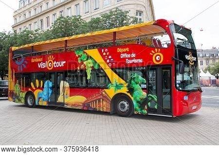 Bordeaux, Aquitaine / France - 06 11 2018 : A Tourist Bus For Guided Tours Of Historic Old Bordeaux