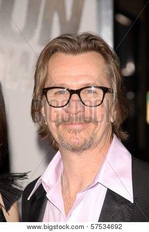 Gary Oldman  at 'The Book Of Eli' Premiere, Chinese Theater, Hollywood, CA. 01-11-10