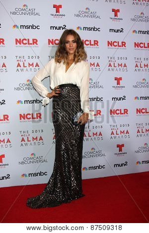 LOS ANGELES - SEP 27:  Jessica Alba at the 2013 ALMA Awards - Press Room at Pasadena Civic Auditorium on September 27, 2013 in Pasadena, CA