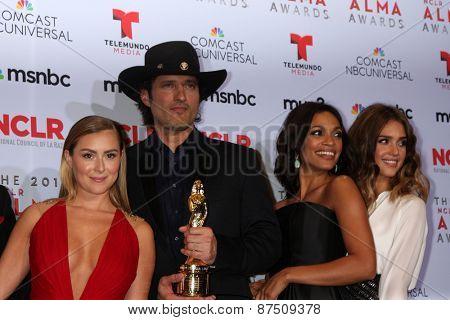 LOS ANGELES - SEP 27:  Alexa Vega, Robert Rodriguez, Rosario Dawson, Jessica Alba at the 2013 ALMA Awards - Press Room at Pasadena Civic Auditorium on September 27, 2013 in Pasadena, CA