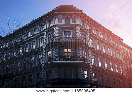 beautiful old house in Berlin Kreuzberg in the evening