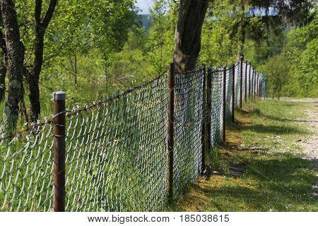 Mesh fence / Metal mesh as a garden fence