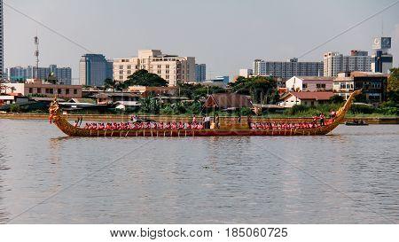 Bangkok, Thailand - October 25, 2012: Royal Barge Narai Song Suban HM Rama IX of Thailand in Dress rehearsal for Royal Barge Procession on 9 November 2012 on Chaophraya River