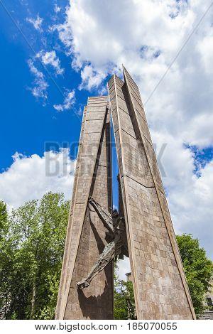 Monumento All'alpino In Bergamo