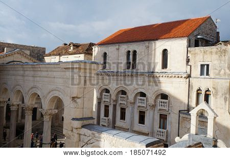 View onto Prothyron and Peristyle at the Diocletian Palace