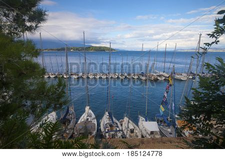 View On The Bay With Yachts