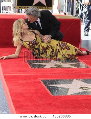 LOS ANGELES - MAY 4:  Kurt Russell, Goldie Hawn at the Kurt Russell and Goldie Hawn Star Ceremony on the Hollywood Walk of Fame on May 4, 2017 in Los Angeles, CA